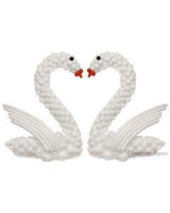 Фигура из шаров «Лебедь»