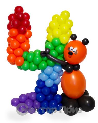 Фигура из шаров «Цифра четыре с Винни Пухом»